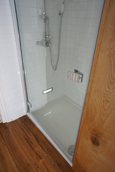 2nd floor shower tray